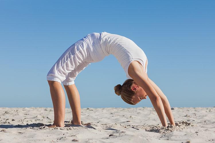 Chakrasana Yoga Rad