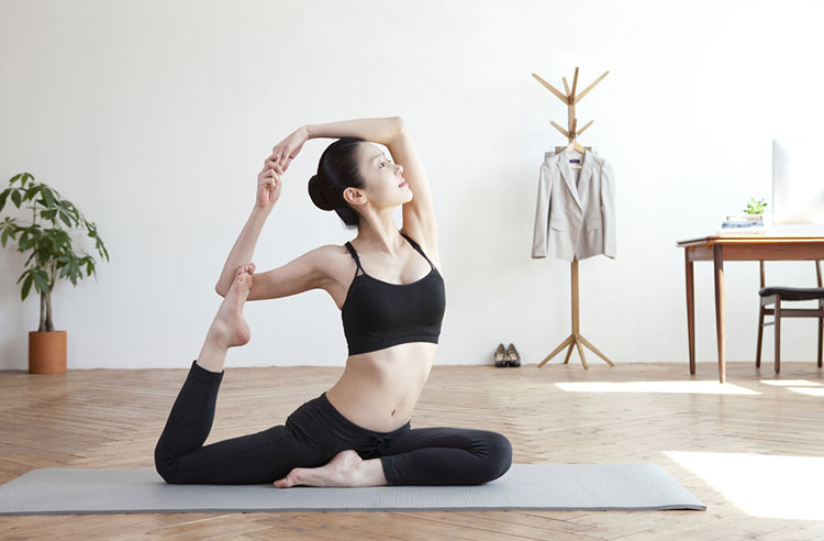Eka Pada Rajakapotasana Yoga Taube