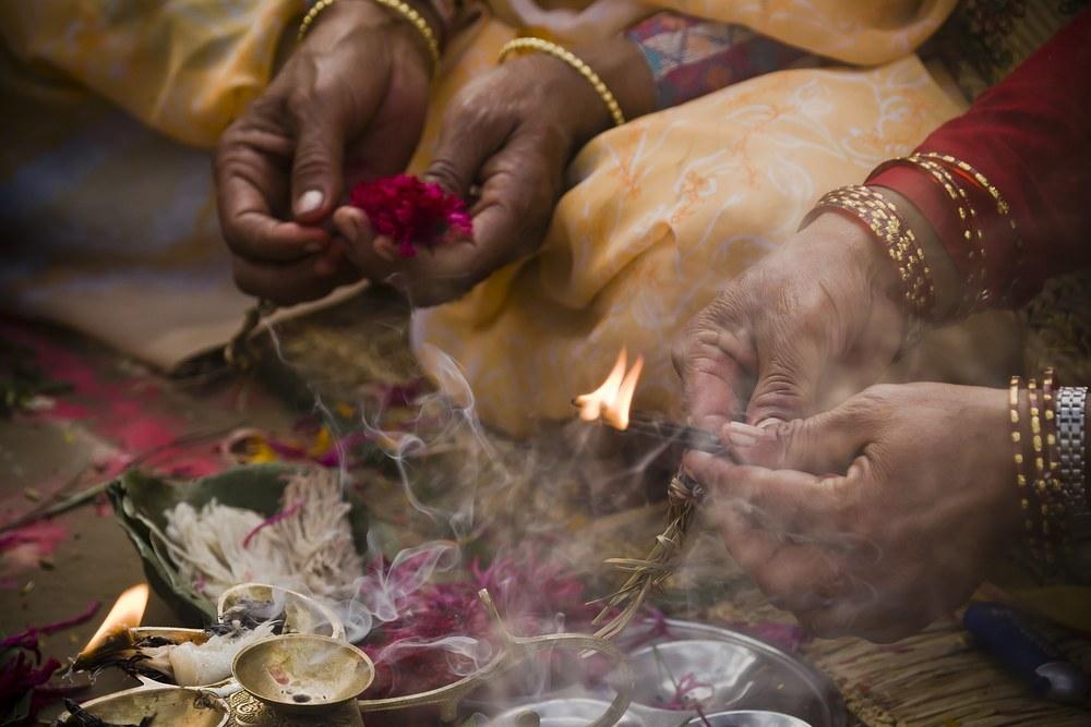 Puja Bhakti Yoga