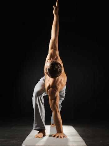 Cross-Fit Yoga für mehr Stärke