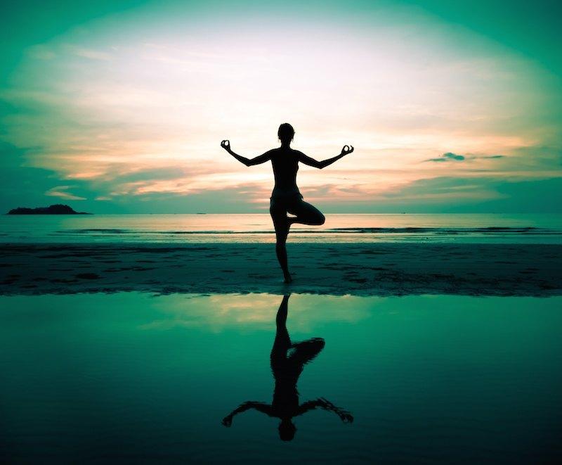 karma-yoga-am-strand