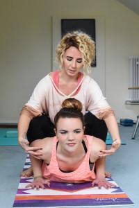 Office Yoga Partneruebung