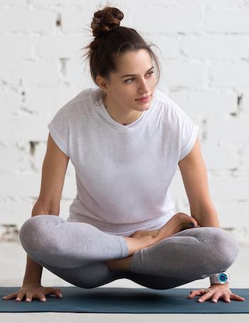 Pilates Guide Frau Schneidersitz