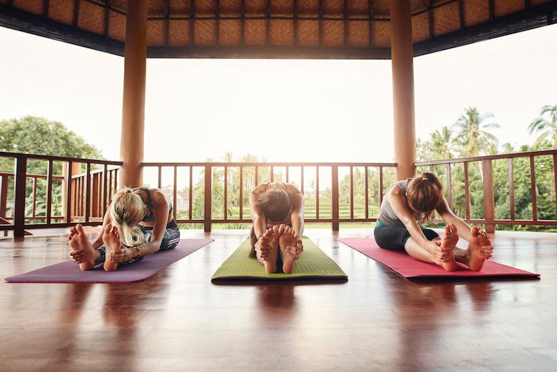 Yoga Uebungen im Sitzen Pachi