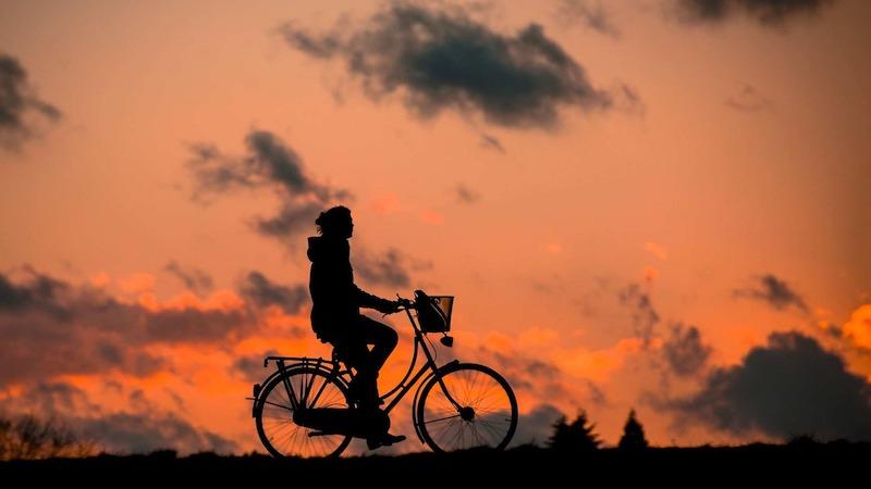 ruecken-im-alltag-fahrradfahren