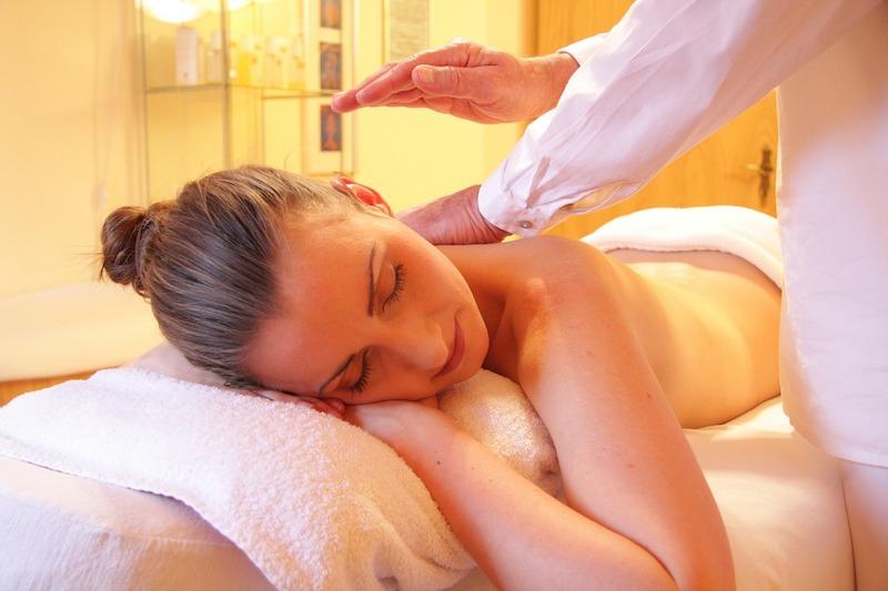 ruecken-im-alltag-massagen
