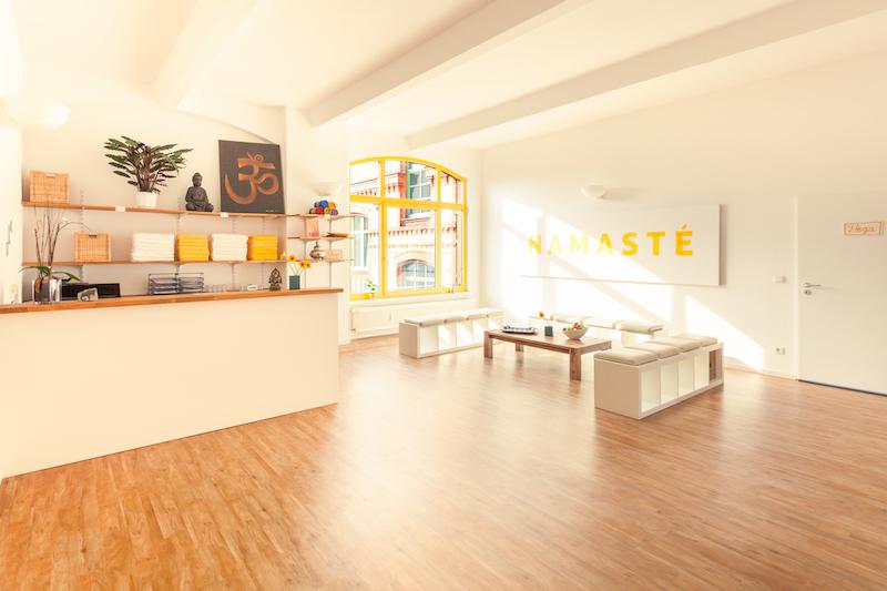 Berlin-Hot-Yoga-Studio-1
