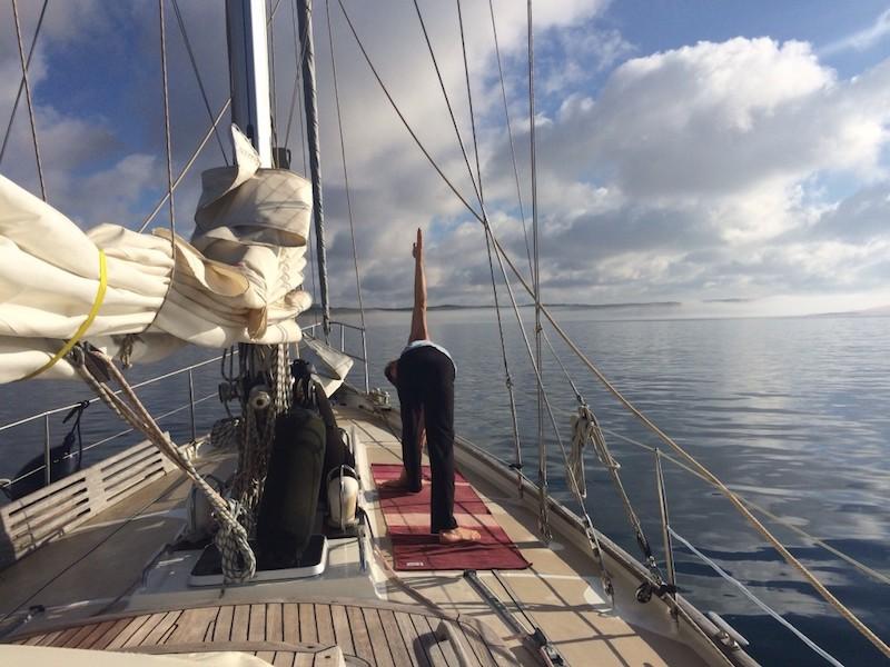 Kolumne_Marcel_Yoga auf dem Schiff
