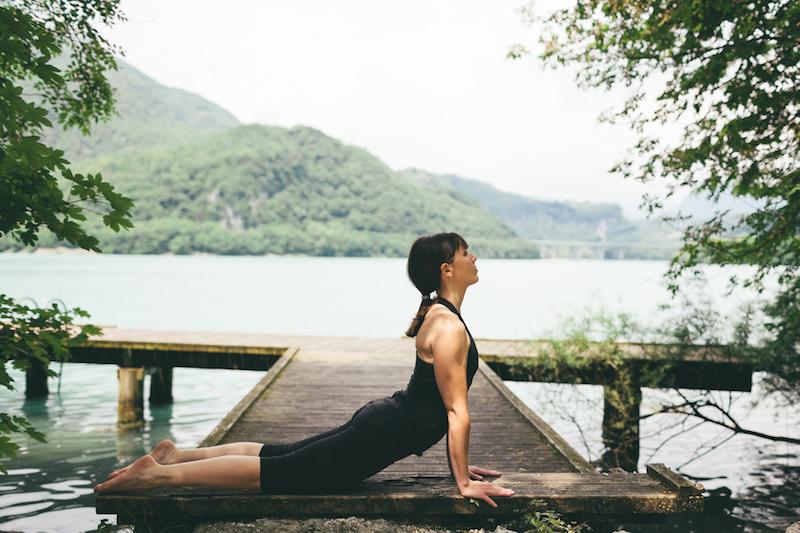 Yoga-fuers-Herz-Kobra