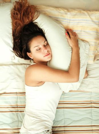 Staendige-Muedigkeit-im-Bett