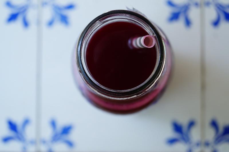 Entgiftungskur-Saftfasten-mit-Das-Bergblut-Red-One-von-oben